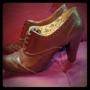 American Eagle Vintage* PINUP STYLE* 3 1/2 heels